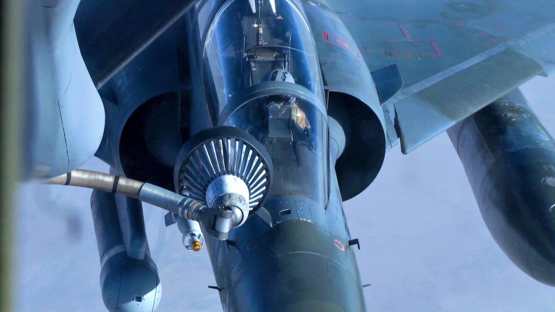 Armée de l'air Dassault Mirage Air Refuel by USAF