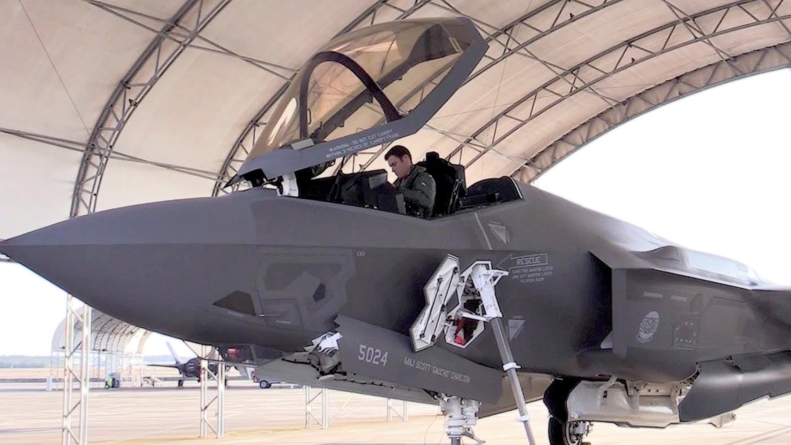 First Australian F-35 Pilot Train At Eglin Air Force Base