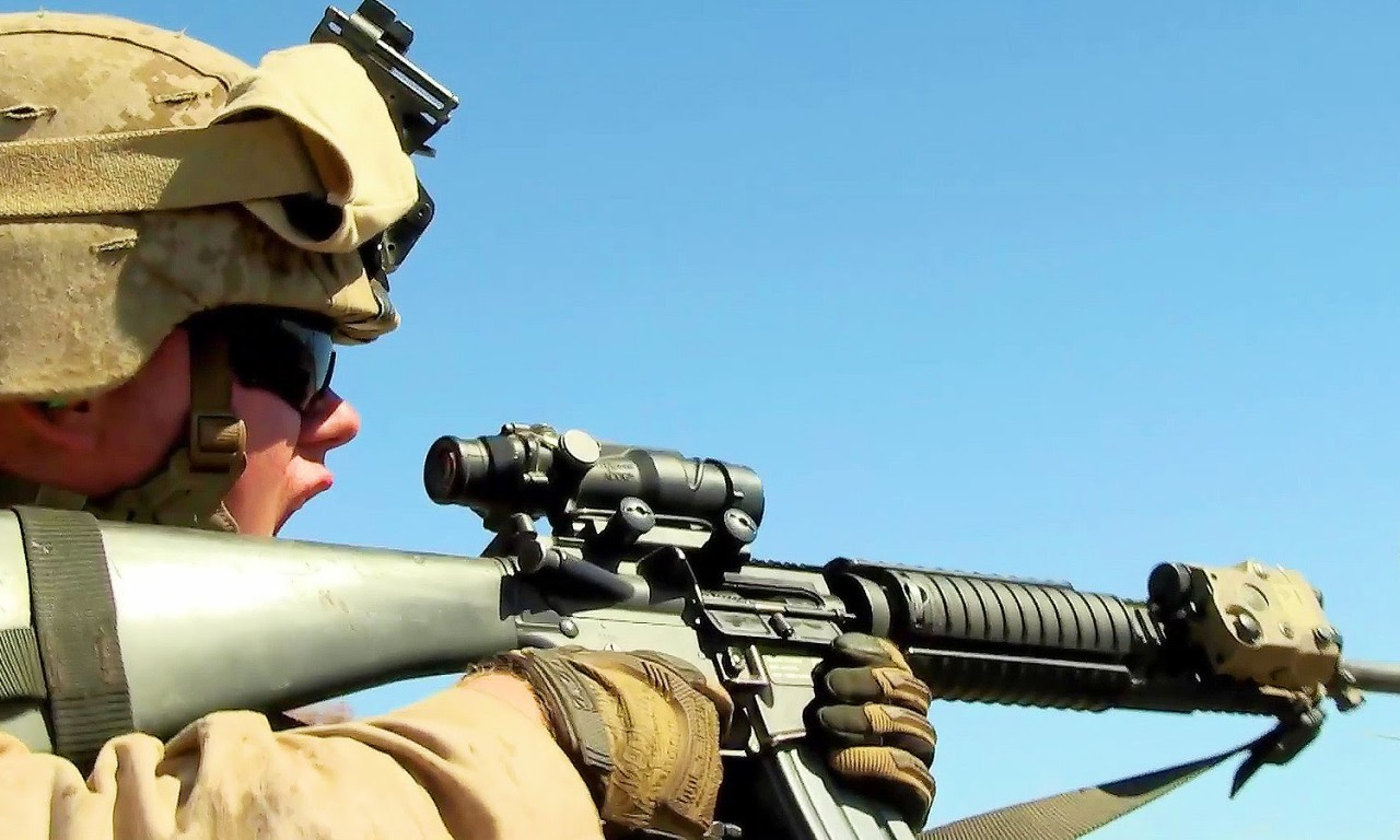 U.S. Marines – Movement To Contact | AIIRSOURCE