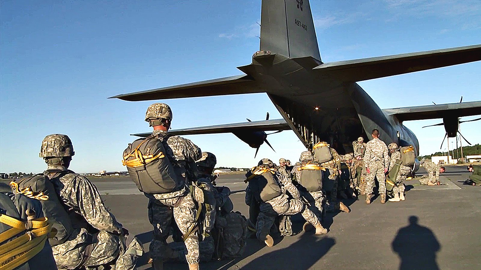 US Army Soldiers Jump From Aussie C-130J