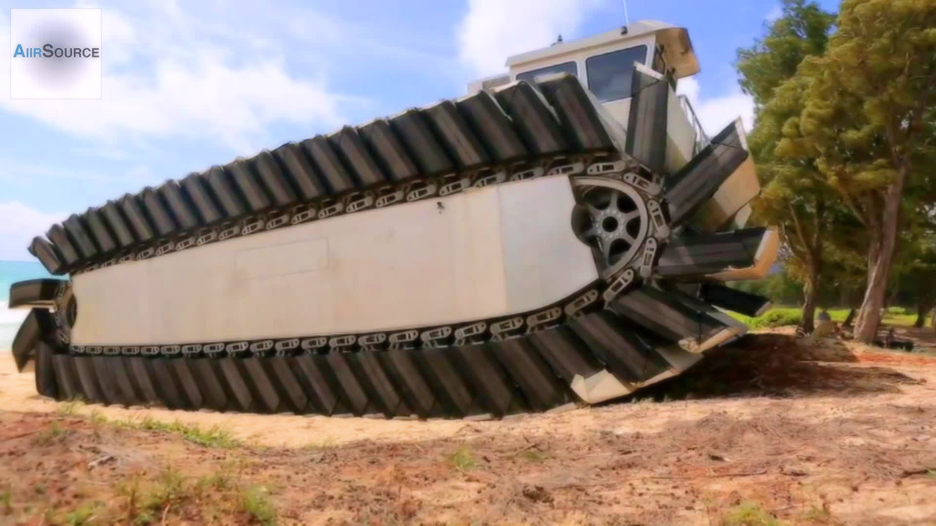 US Marines MASSIVE Experimental Amphibious Vehicle – Ultra Heavy-Lift Amphibious Connector