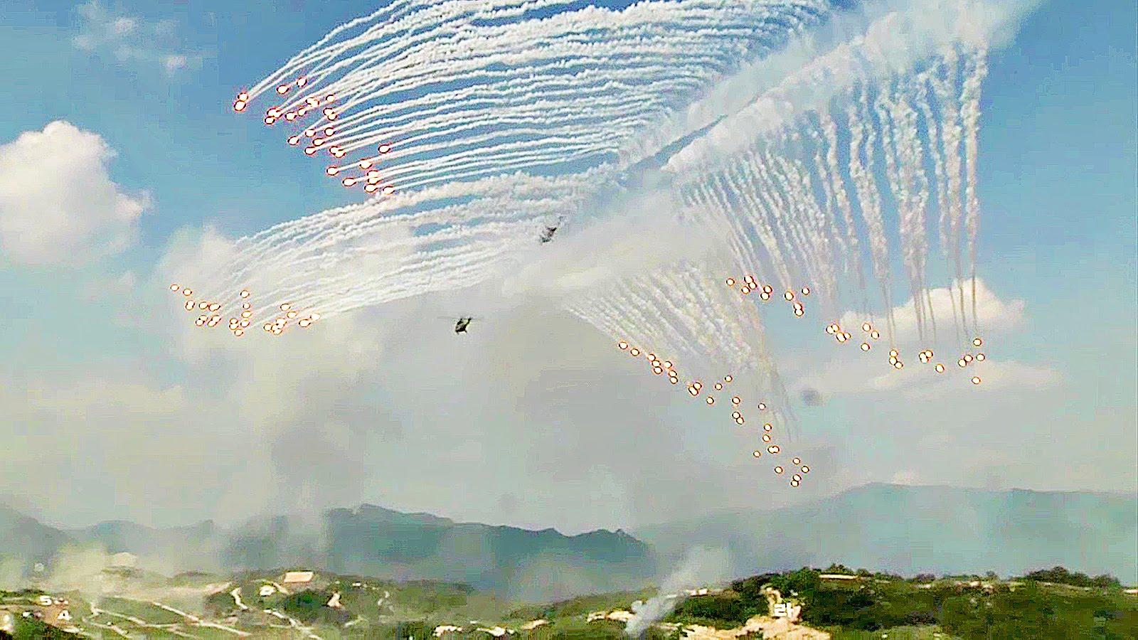 South Korean Military In Action! Largest-ever, Massive Live Fire Exercise
