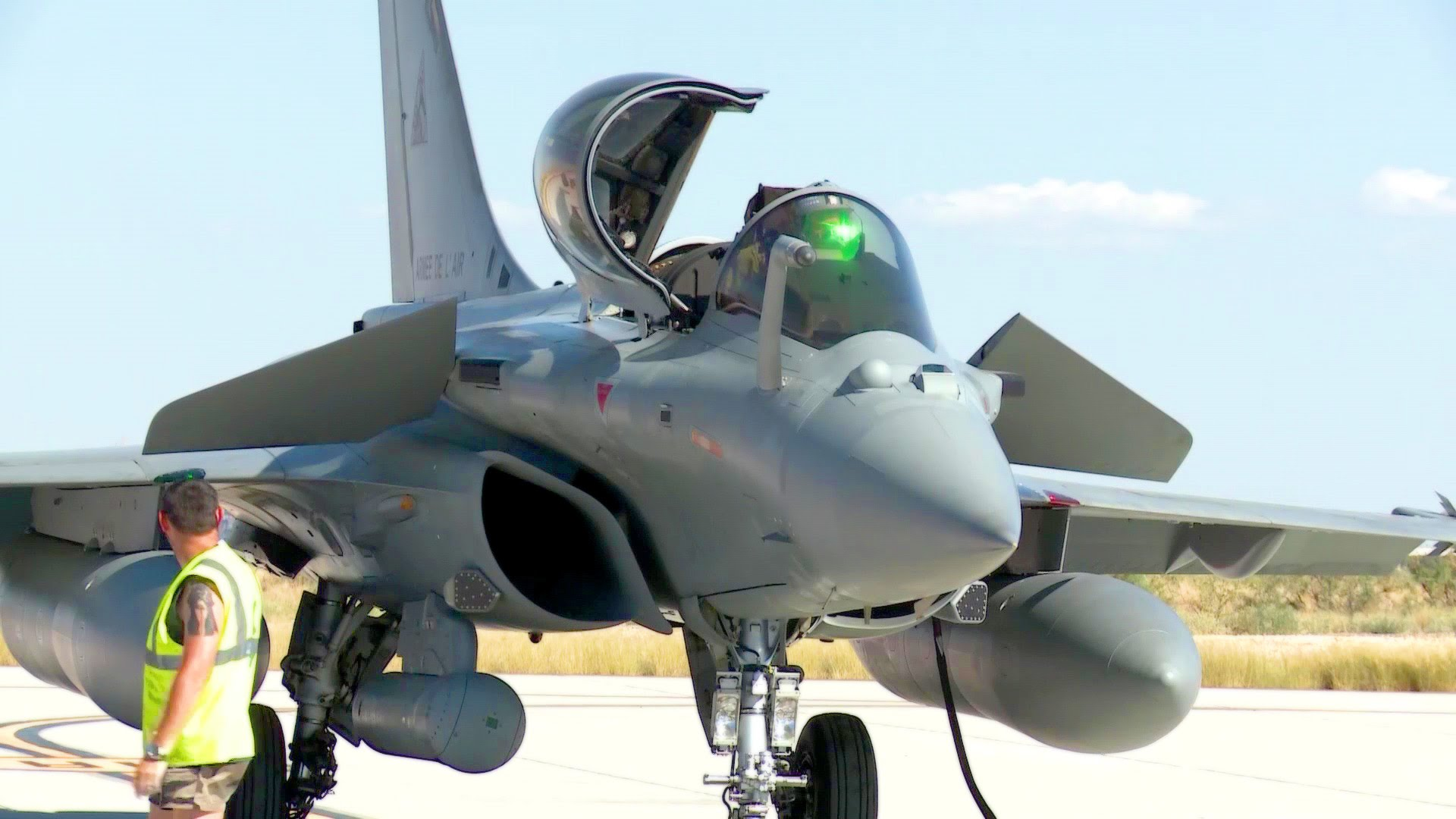 Dassault Rafale – Preflight-check and Takeoff