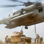 This Gigantic Helicopter Can Airlift Humvees With Ease