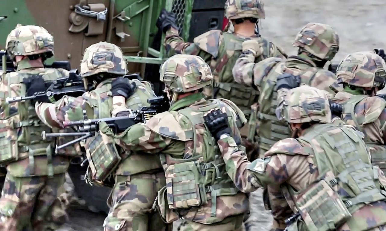 French Army and US Marines – Squad Offensive Attack Training ...